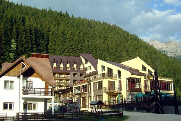 mistral resort moeciu
