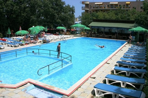 hotel varshava golden sands