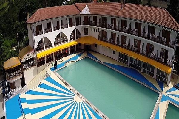 hotel saras sons baile herculane